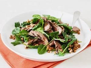Rezepte Mit Babyspinat : salat aus babyspinat und linsen mit gegrilltem ~ Lizthompson.info Haus und Dekorationen