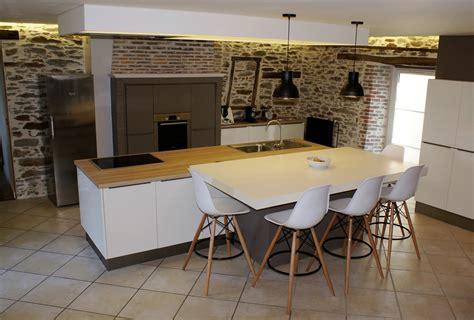 cuisine chaleureuse contemporaine modèle et ambiance de cuisine design contemporaine