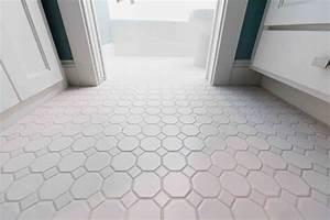 white bathroom floor tile ideas bathroombevranicom With how to clean white tile floors