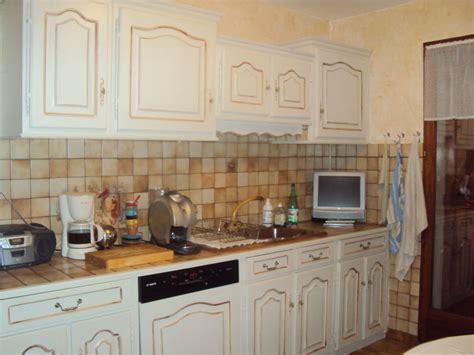 cuisine repeinte en blanc cuisine repeinte blanc ecru chinons et kolorons