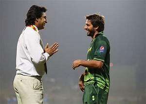 Waseem Akram backs Afridi as captain, rejects PCB's probe ...