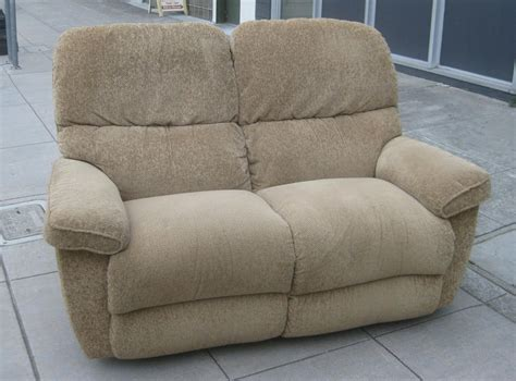 lazy boy reclining loveseat uhuru furniture collectibles sold la z boy