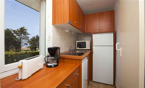 hauteur 駘駑ent haut cuisine chaise haute design cuisine ilineo tabouret bar haut chaise haute design assise cuir
