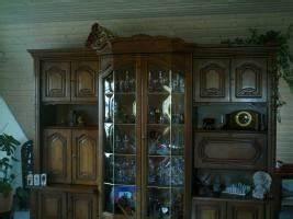 Möbel Nussbaum Antik : stilschrank nu baum antik zu verkaufen in epfendorf von privat m bel ~ Markanthonyermac.com Haus und Dekorationen