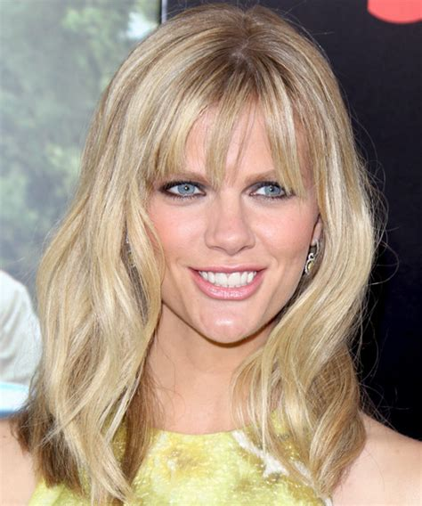 brooklyn decker medium straight light champagne blonde hairstyle  layered bangs