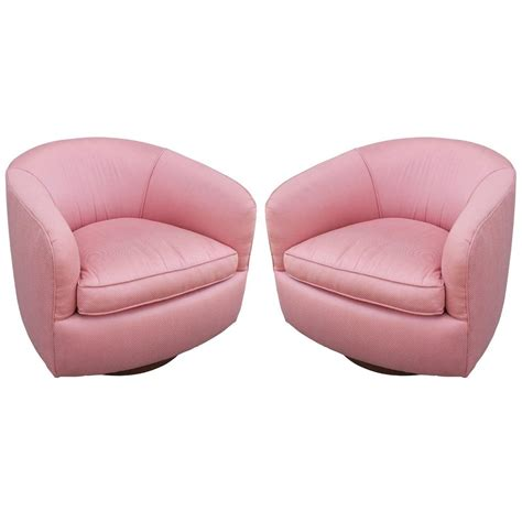 milo baughman swivel barrel chair pair of milo baughman swivel barrel chairs at 1stdibs