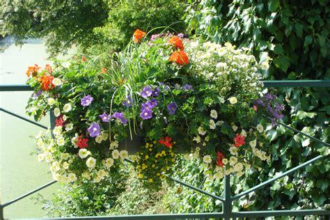 la cuisine dans le bain des fleurs sur le pont photo 10 24 jardinière fleurs