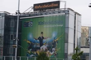 kfc siege social bleus sportbuzzbusiness fr