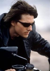 Tom Cruise Mission Impossible 2 hairstyle and hair pictures