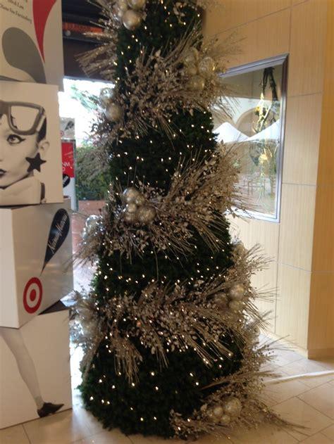 christmas tree decorations neiman marcus holliday