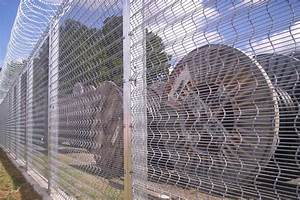 Corromesh 358 Wire Mesh Fencing | Security Fence, Mesh ...