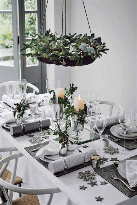find  christmas dinner table setting inspiration