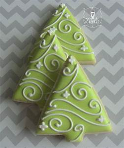10 Ways to Decorate Christmas Tree Cookies | Torte - The Blog