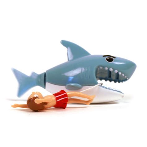 Hungry Shark Wind Up Bath Toy   Pink Cat Shop