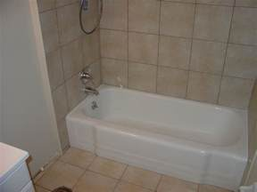 bathtub reglazing refinishing bathtub liners st louis mo