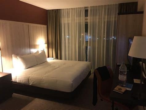 tr 232 s chambre pour une tr 232 s nuit photo de doubletree by hotel excel