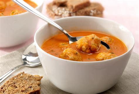 cuisine in kl traditionele tomatensoep met balletjes recept open