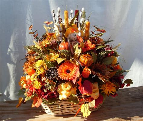 fall flower arrangements autumn basket arrangements autumn crafts picture