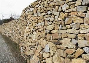 Natursteinmauern Im Garten : natursteinmauern bauen worauf kommt es an ~ Markanthonyermac.com Haus und Dekorationen