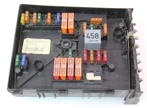 Mk5 Golf Engine Bay Fuse Box by Fuse Relay Block 2006 Vw Jetta Mk5 Tdi Engine