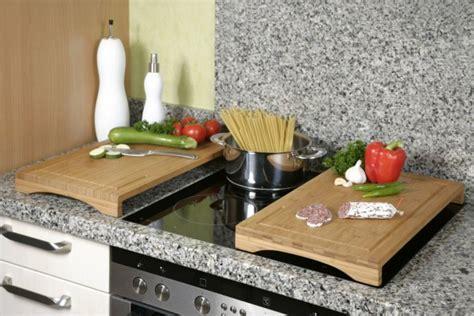 planche de travail cuisine plan de travail cuisine plus 5 planche a decouper plaque