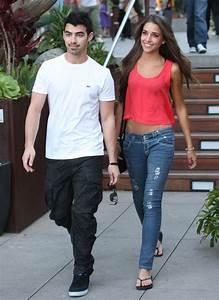 Joe Jonasu002639s New Girlfriend Joe Jonas Zimbio