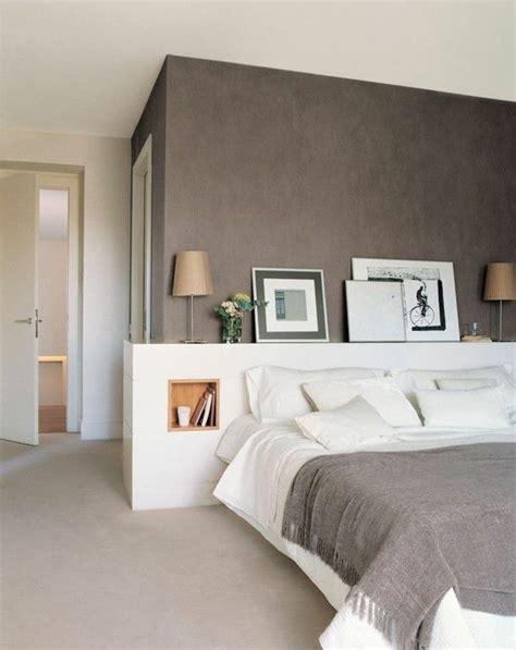 décoration mur chambre à coucher les 25 meilleures idées de la catégorie murs taupe sur