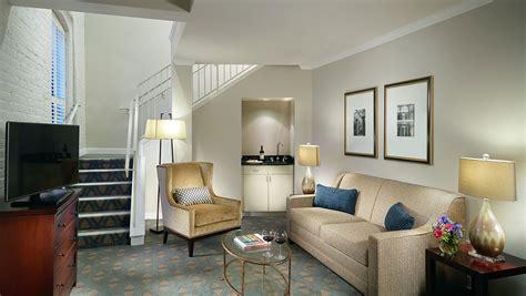 hotel suites   orleans omni riverfront hotel