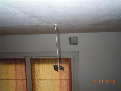 comment monter un plafond en placo ou lambris pvc quand il y a un isolant