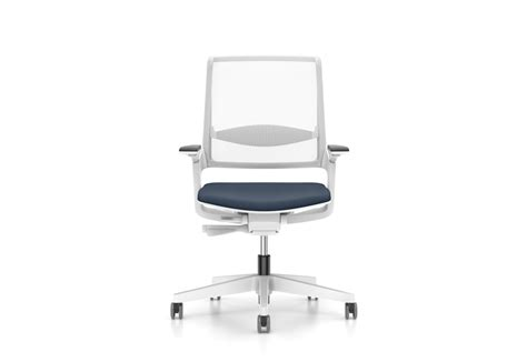 movyis3 swivel chair by interstuhl stylepark
