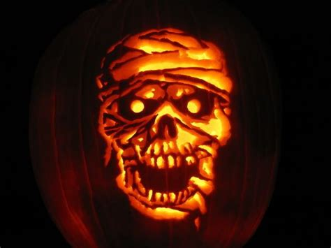 mummy pumpkin carving 57 best pumpkin carving images on pinterest halloween pumpkins halloween prop and pumpkin