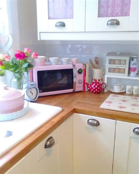 pink accessories for kitchen best 25 shabby chic caravan ideas on 4230