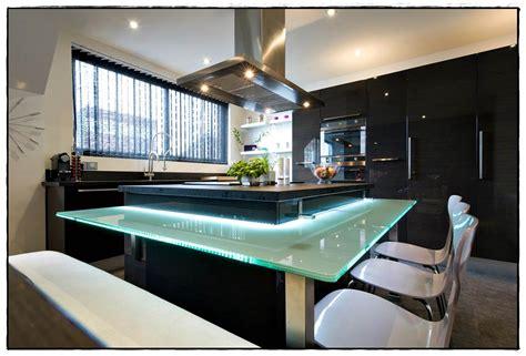 cuisine design italienne avec ilot cuisine moderne avec ilot central id 233 es de d 233 coration 224 la maison