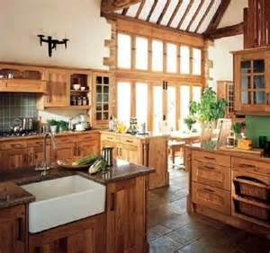 wohneinrichtung landhausstil 1000 ideen zu blockhaus küchen auf holzhäuser blockhaus badezimmer und blockhaus pläne