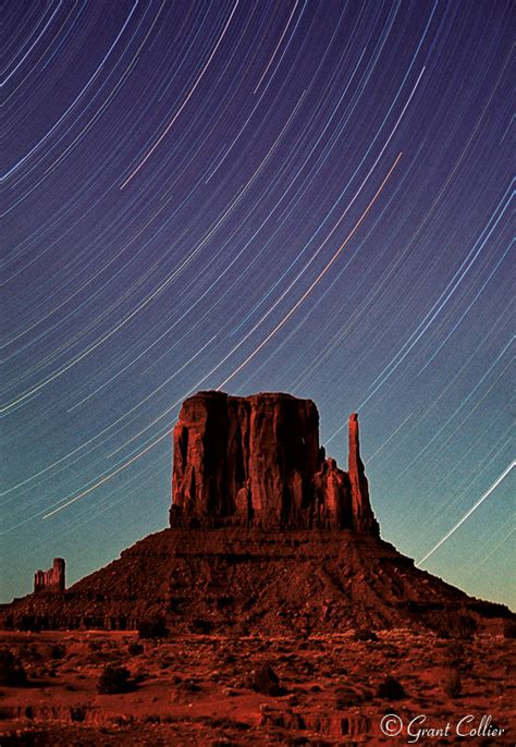 monument valley  mittens night photography