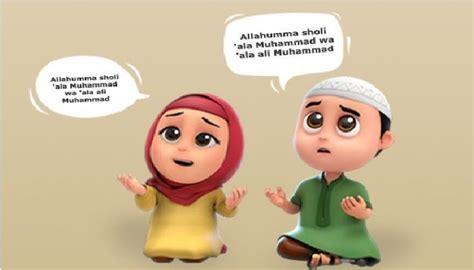 koleksi  gambar animasi muslimah instagram terbaru