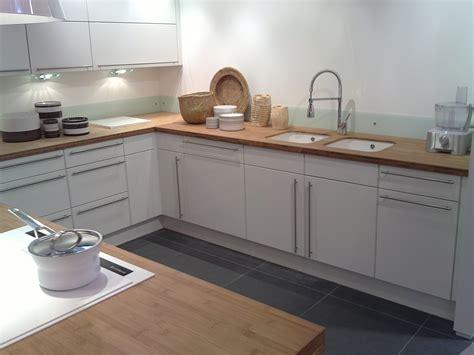cuisine laqu馥 blanche best cuisine blanc collection et cuisine laque blanche plan de travail gris photo with plan de travail noir laqu
