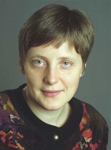 The latest tweets from angela merkel (offiziell inoffiziell) (@amerkel57). LeMO-Objekt: Foto Angela Merkel