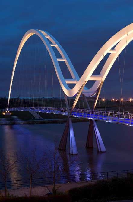 infinity bridge stockton  tees lighting england