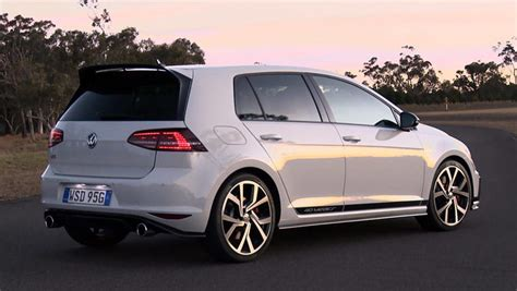 Wv Golf Gti by Volkswagen Golf Gti 40 Years 2016 Review Carsguide