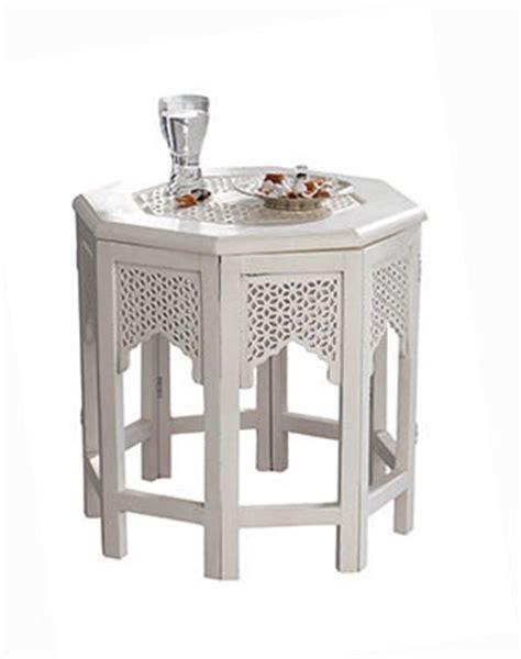 le marocaine maison du monde table basse orientale pour un salon chic