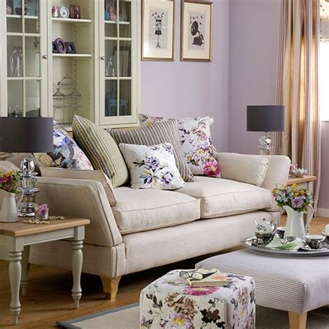 Living Room Wallpaper Lilac by Purple Living Room With Floral Soft Furnishings Living