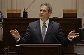 Tennessee Gov. Bill Lee's charter school bill clears House ...