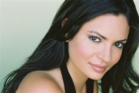 Sandra Luesse Celebrities Lists
