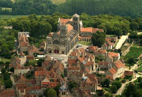 chambre d hote a vezelay solstice d été vézelay chambres d 39 hôtes en bourgogne