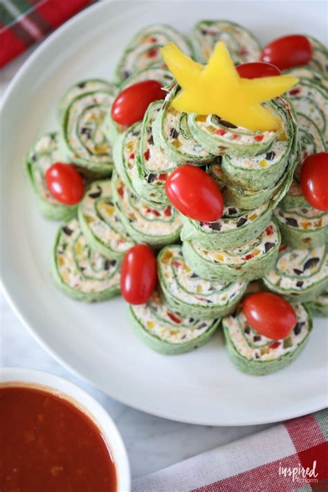 I searched the internet for the most creative christmas party appetizer recipes to wow your guests. The Ultimate Christmas Appetizers - 12+ Delicious Recipes