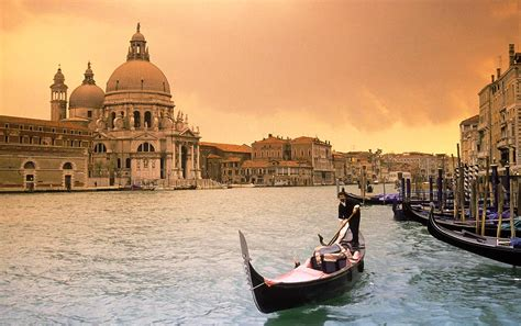 Grand Canal Venice Float In Ecstasy Worldtraveland