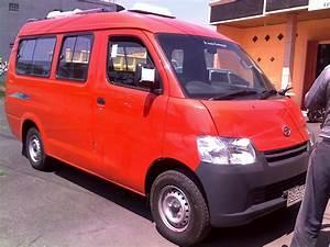 Berkah Jaya Mobil  Angkot Daihatsu Gran Max