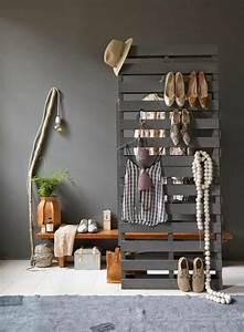 Dressing En Palette : que faire des palettes de bois id es deco et design ~ Melissatoandfro.com Idées de Décoration