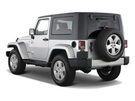 sahara jeep 2 door image 2010 jeep wrangler 4wd 2 door sahara angular rear